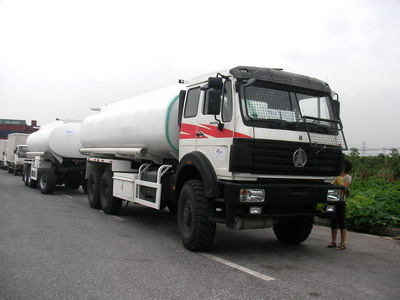 Beiben 6*6 drive fuel tanker trucks are export to CONGO , Pointe Noire